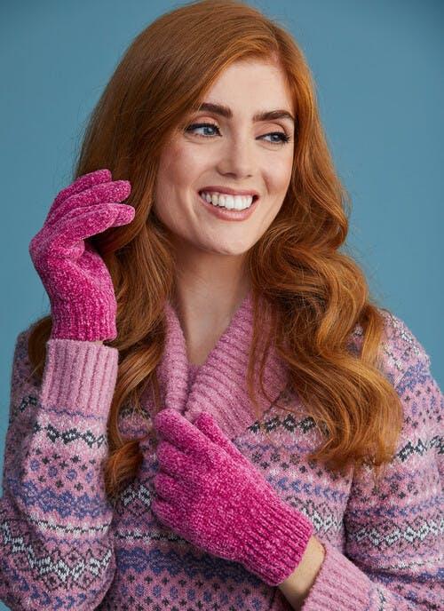 Chenille Cerise Gloves